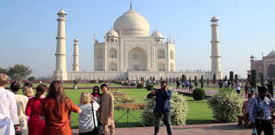 Entry for Taj hiked from Rs 750 to Rs 1000
