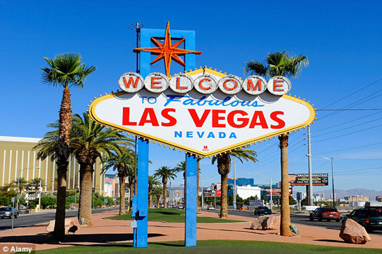 Las Vegas Surges Past Visitor Number Record in 2014