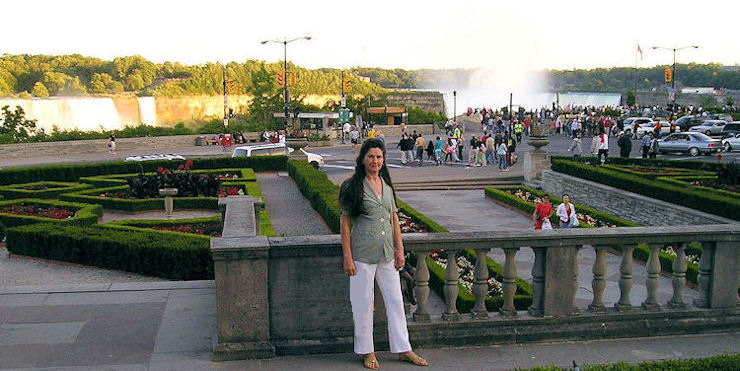 Niagara Falls - A Lovely Place To Be On Holidays