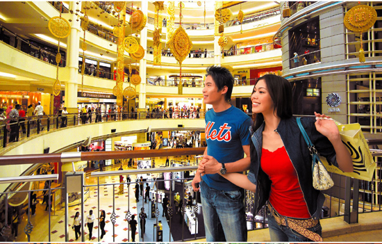 Shopping at Tawanna Square, Bangkok