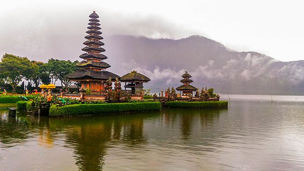 Pura Ulun Danu Temple at Lake Bratan, Bali