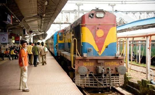 Train Ticket Discovery App ConfirmTkt Raises Angel Funding
