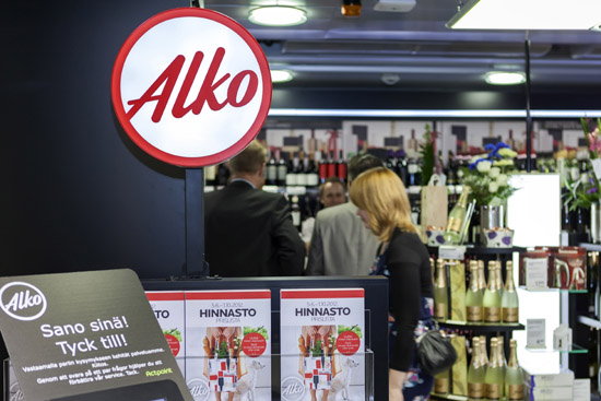 Two New Outlets Open at Helsinki Airport