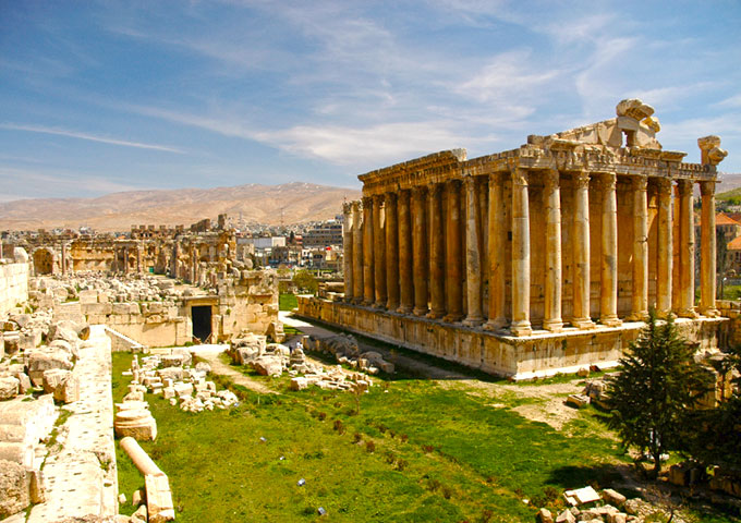 Visit the amazing city of Baalbek