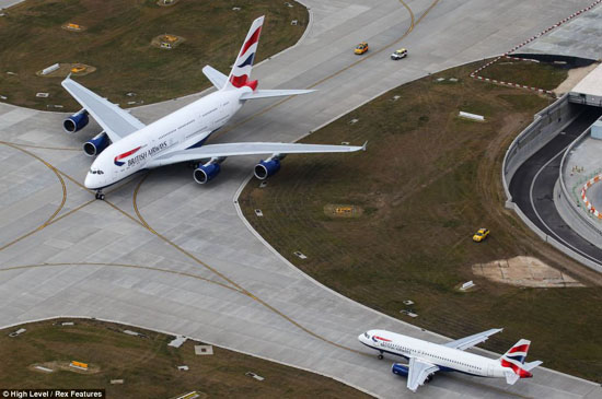 British Airways takes delivery of first A380