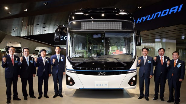 Hyundai New Electric Bus Travels 290 km on a single charge