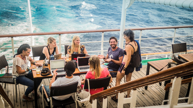 Travel startups help digital nomads wander the world