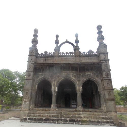 Damdi Masjid in Ahmednagar
