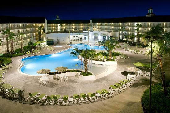Avanti International Resort Pa