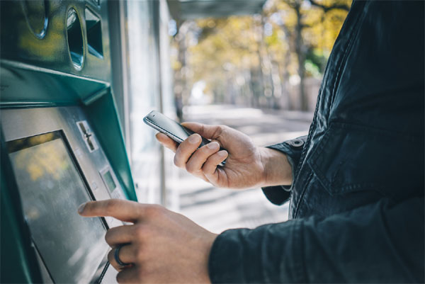 Cash points to dispense euros