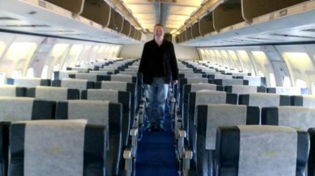 Nigel Short enjoying as the only passenger on Air Zimbabwe f