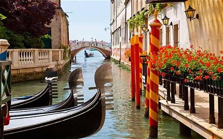 Cruise-Ships-Putting-Venice-under threat