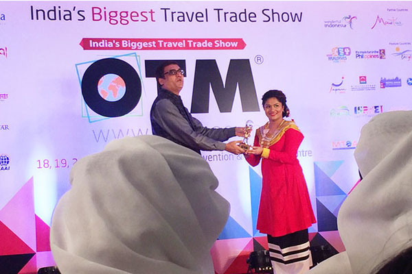 Maldives wins Most Exclusive Leisure Product at OTM 2016