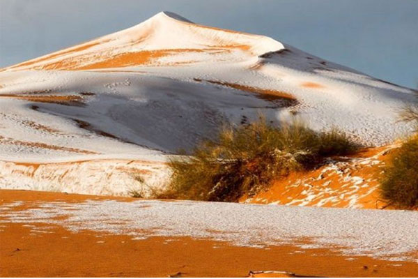 Third Time in last  40 years Snow covers the Sahara Desert i
