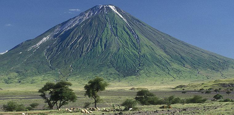 Mount Oldoinyo Lengai , Tanzania